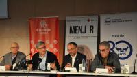 Els representants de les tres entitats i l'autor de l'estudi sobre el model actual de gestió d'aliments