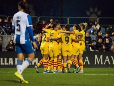 Les jugadores del Barça celebren una de les dianes