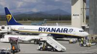 Un avió de Ryanair a l'aeroport de Girona