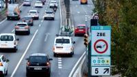 Un cartell que anuncia laZona de Baixes Emissions Rondes de Barcelona