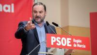 El secretari d'Organització del PSOE i ministre de Transports, José Luis Ábalos, en la clausura del comitè regional dels socialistes murcians