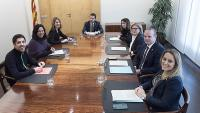 Membres del govern, càrrecs tècnics i dels comuns reunits ahir abans de presentar l'acord
