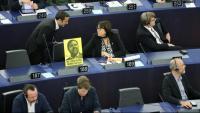 Una foto de Junqueras a l'Eurocambra al costat de Diana Riba