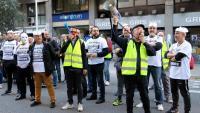 Treballadors de les plantes de General Cable a Manlleu i Montcada i Reixac en una protesta al novembre