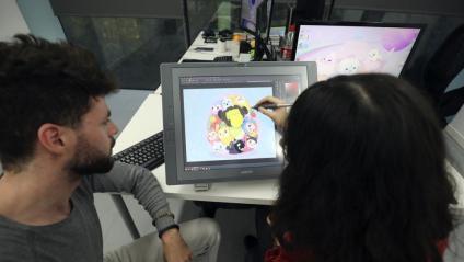 Treballadors de l'empresa Melbot a les oficines de Barcelona Activa
