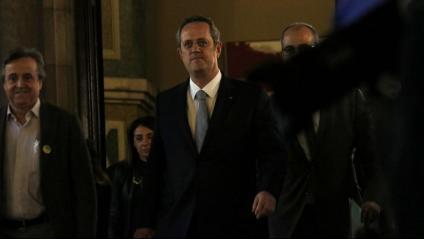 Quim Forn als passadissos del Parlament on ha comparegut a la comissió d'investigació del 155
