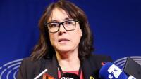 L'eurodiputada d'ERC Diana Riba atenent els mitjans de comunicació al Parlament Europeu