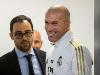 Zidane, somrient ahir a la sala de premsa
