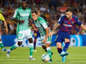 Així va marcar, contra el Betis, el seu primer gol al Camp Nou Carles Pérez