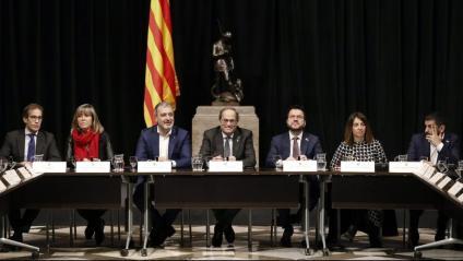 Imatge de la reunió que el president, Quim Torra, i altres membres del govern han mantingut amb els agents econòmics sobre el Mobile