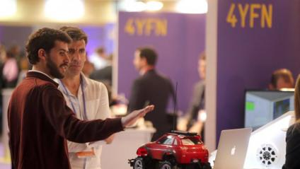 Ambient i visita al 4YFN 4 years from now del MWC
