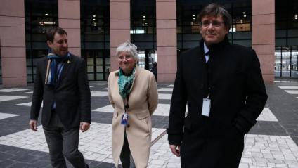 Els eurodiputats Comín, Ponsatí i Puigdemont arriben al Parlament Europeu per a la sessió del passat 10 de febrer