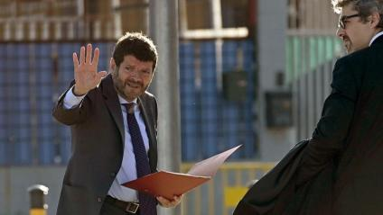 L'exdirector dels Mossos Albert Batlle i el comissari Joan Carles Molinero, ahir