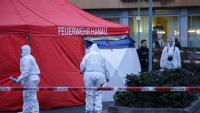 La policia forense en un dels llocs dels fets a Hanau