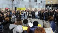 Actuació de Cantaires de Ponent a l'acte d'inauguració de la plaça de l'U d'Octubre de Lleida