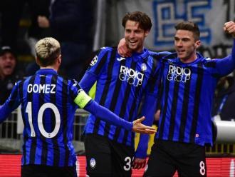 Hateboer, Gosens i el Papu Gómez disfruten la gran nit de l'Atalanta
