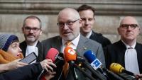 L'exconseller de Cultura Lluís Puig atén els mitjans ahir als jutjats de Brussel·les