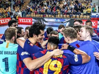 Els blaugrana celebren la classificació per als quarts de la lliga de campions a Celje