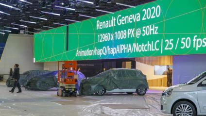 El muntatge del Saló de l'Automòbil de Ginebra , que havia de començar el 5 de març, es va aturar ahir per la suspensió del certamen