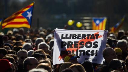 Una pancarta de Llibertat Presos Polítics a Perpinyà