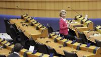 La presidenta de la CE, Ursula von der Leyen, durant el ple de dijous, a Brussel·les