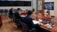 Fernando Simón, Pedro Sánchez i Salvador Illa en la reunió del centre de coordinació d'Emergències d'aquest dissabte