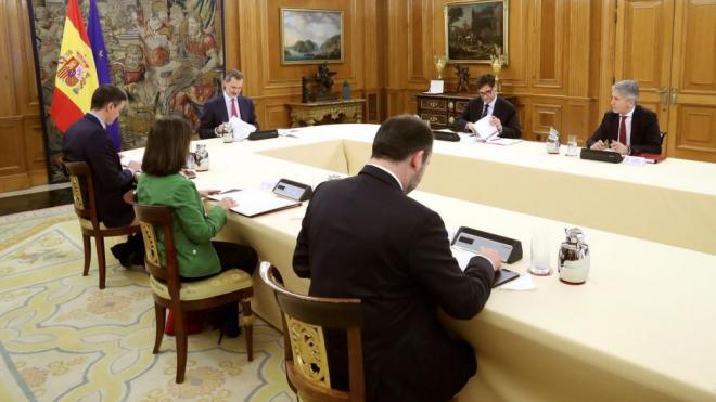 Felip VI presideix el consell de ministres celebrat el passat dia 18 de març a la Moncloa per analitzar l'evolució de la Covid-19