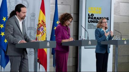 El vicepresident Iglesias i la ministra Montero, ahir a La Moncloa, després del Consell de Ministres