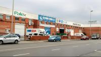 Empreses tancades la Carretera del Mig de l'Hospitalet de Llobregat