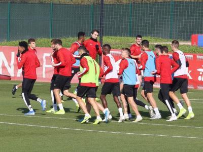 El Girona, que fa ja 22 dies que no s'entrena, no ha mogut fitxa sobre la possibilitat d'un ERTO