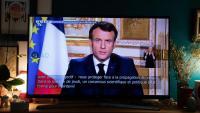 El president Macron s'adreça per televisió als francesos