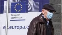 El cap del comitè científic de la UE dimiteix per discrepàncies amb Brussel·les sobre la lluita contra el covid-19