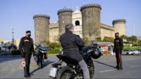 Control policial dels carabinieris als carrers de Nàpols