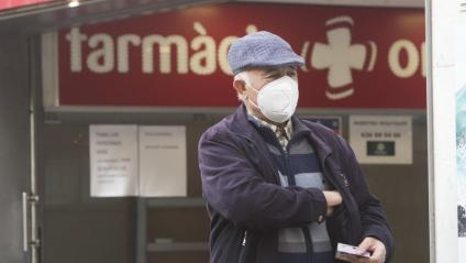 El Govern rectifica i començarà a repartir mascaretes als ciutadans el 20 d'abril