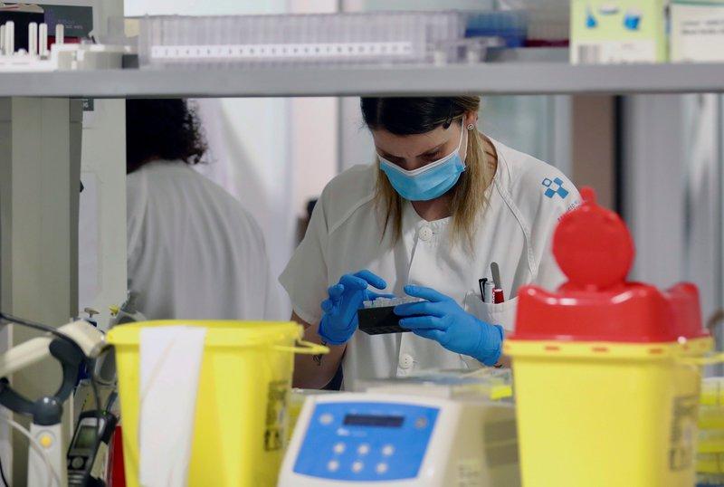 Els CAP de les regions en fase 1 faran proves PCR als pacients amb ...
