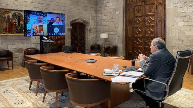Reunió del president Torra el 7 de maig amb representants del món local, on va anunciar la creació de la taula bilateral per a la reactivació econòmica