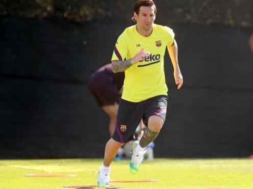 Messi, sense barba, en l'entrenament d'ahir a la ciutat esportiva