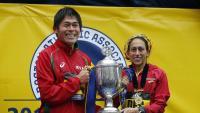 Yuki Kawauchi i Des Linden , vencedors a Boston en l'edició del 2018