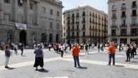 Manifestació a la plaça Sant Jaume on hi ha la seu de l'Ajuntament de Barcelona i la Generalitat de Catalunya
