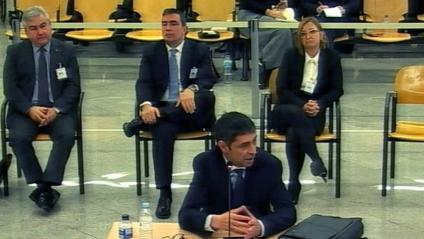 Trapero i els altres acusats, en el judici a l'Audiencia Nacional, a Madrid
