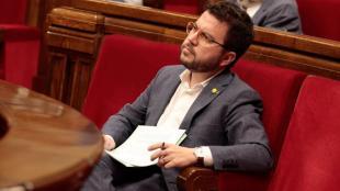 El vicepresident, Pere Aragonès, assegut al seu escó ahir a la tarda