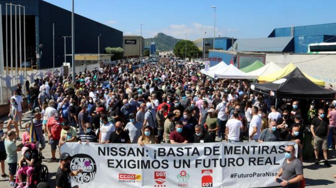 Protesta dels treballadors de Nissan a Montcada i Reixac