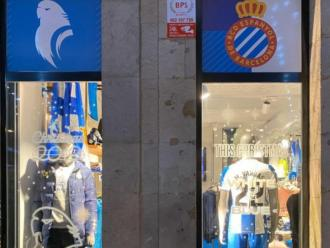 Una imatge de la botiga de La Rambla de Barcelona. El club l'ha tancat per la pandèmia.