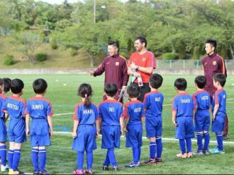 A poc a poc es torna a la normalitat en les Barça Academy
