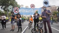 Acció per reivindicar l'espai urbà per al ciutadà i en contra d'una mobilitat contaminant, a Barcelona