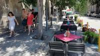 La terrassa del restaurant Pork, al carrer Consolat de Mar, on abans aparcaven cotxes