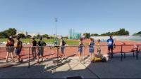 Els atletes esperant el seu torn de la milla organitzada per Championchip i l'AA Catalunya