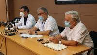 El director del Servei d'Atenció Primària Alt Penedès -Garraf, Miquel Perona, el gerent del Consorci Sanitari Alt Penedès-Garraf, Josep Lluís Ibáñez, i el Director Mèdic Transversal del Consorci, Jaume Prat