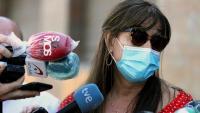 La consellera de Sanitat del govern de l'Aragó, Sira Repollés, durant una roda de premsa al carrer