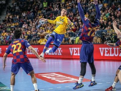 Domen Makuc , entre Petrus i Fàbregas, els seus futurs companys en el Barça